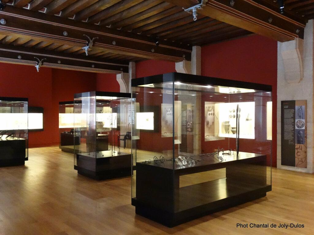 Vue des collections permanentes - Musée national d'archéologie, Saint Germain en Laye (27)