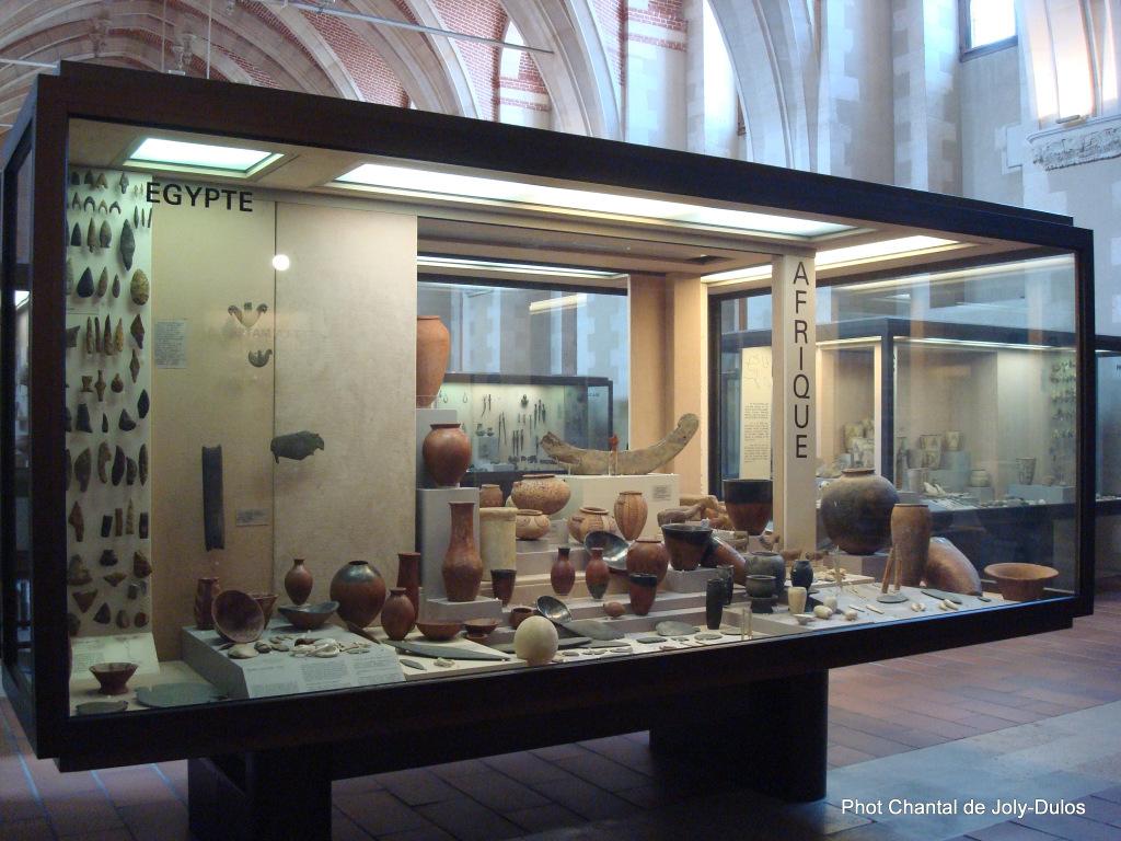 Vue des collections permanentes - Musée national d'archéologie, Saint Germain en Laye (40)