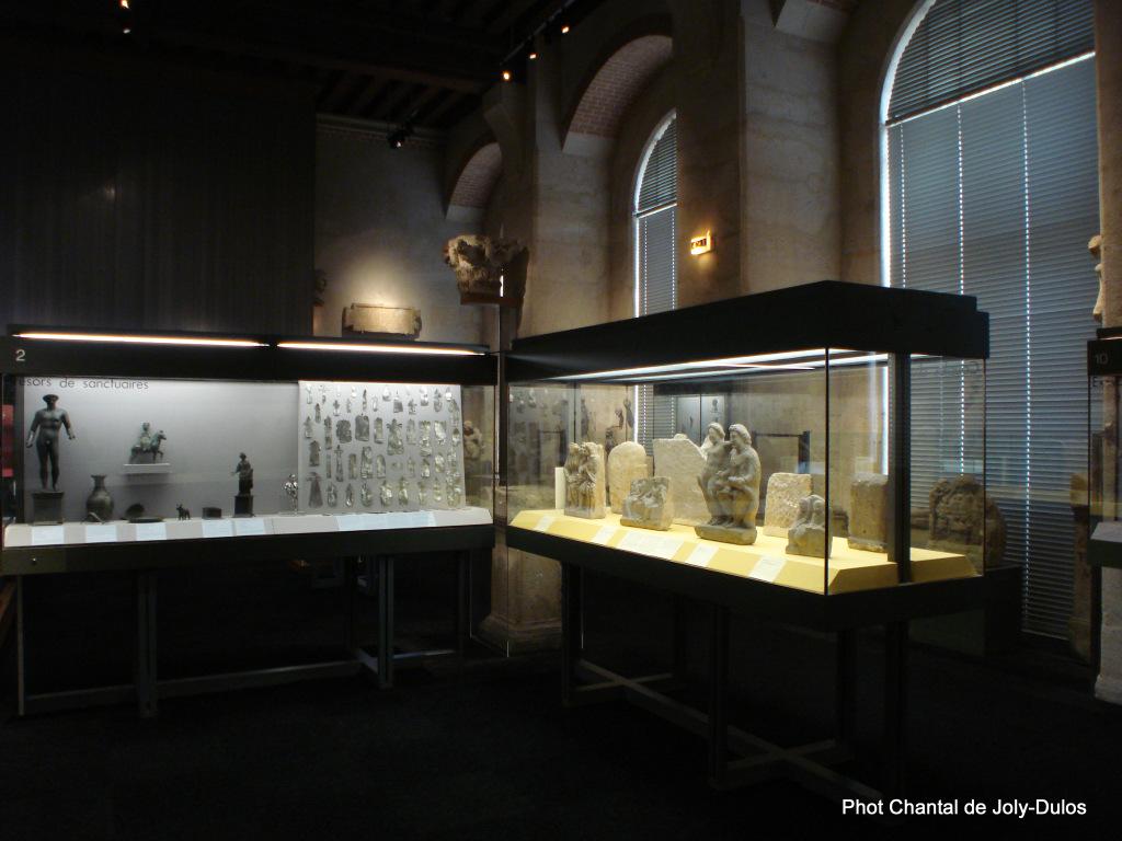 Vue des collections permanentes - Musée national d'archéologie, Saint Germain en Laye (44)
