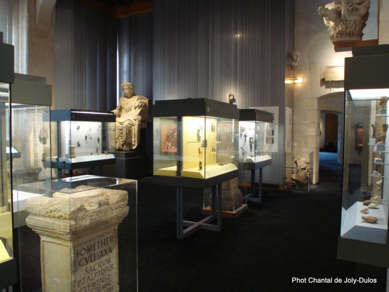 Vue des collections permanentes - Musée national d'archéologie, Saint Germain en Laye (46)