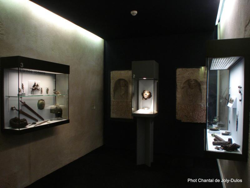 Vue des collections permanentes - Musée national d'archéologie, Saint Germain en Laye (47)