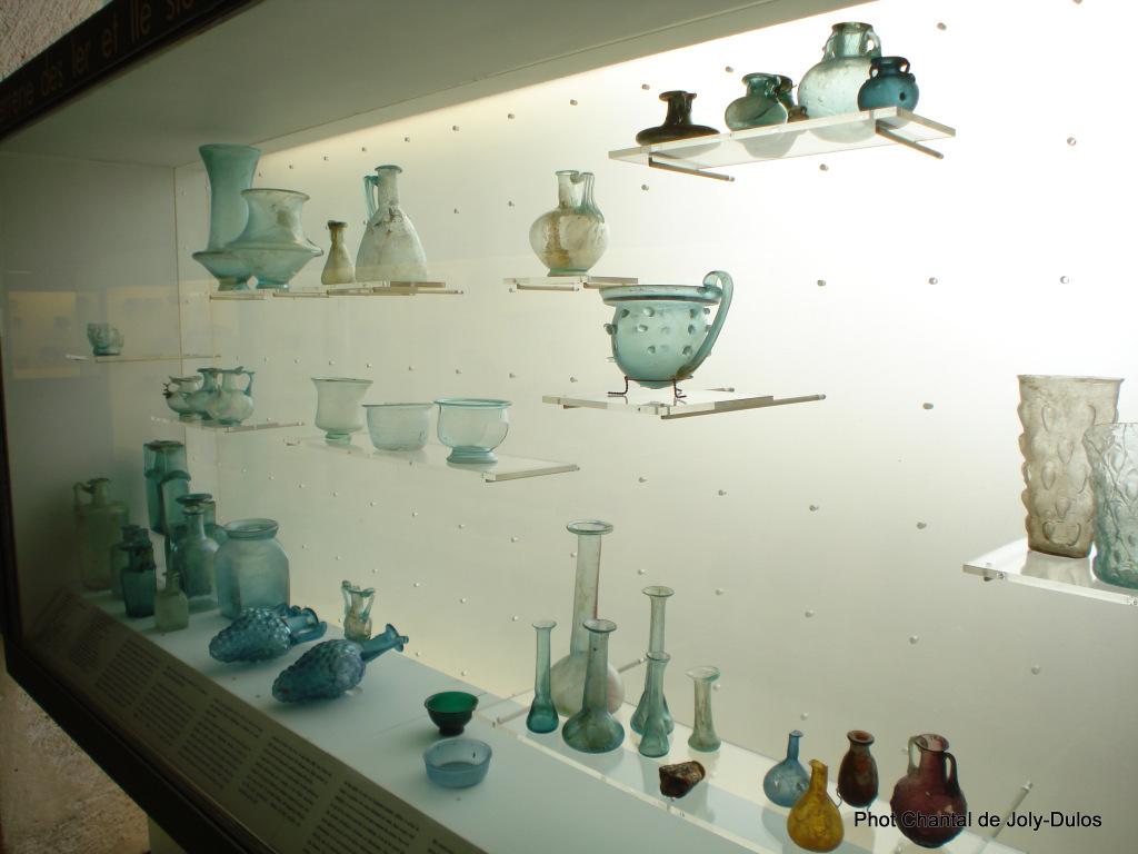 Vue des collections permanentes - Musée national d'archéologie, Saint Germain en Laye (49)