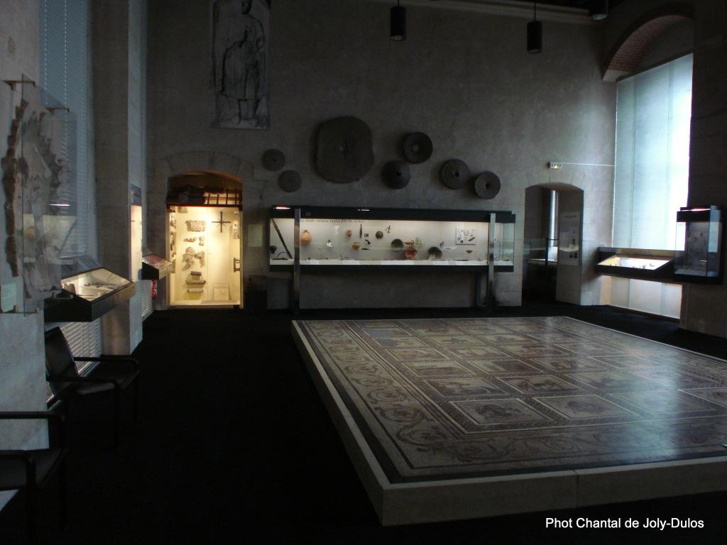 Vue des collections permanentes - Musée national d'archéologie, Saint Germain en Laye (56)