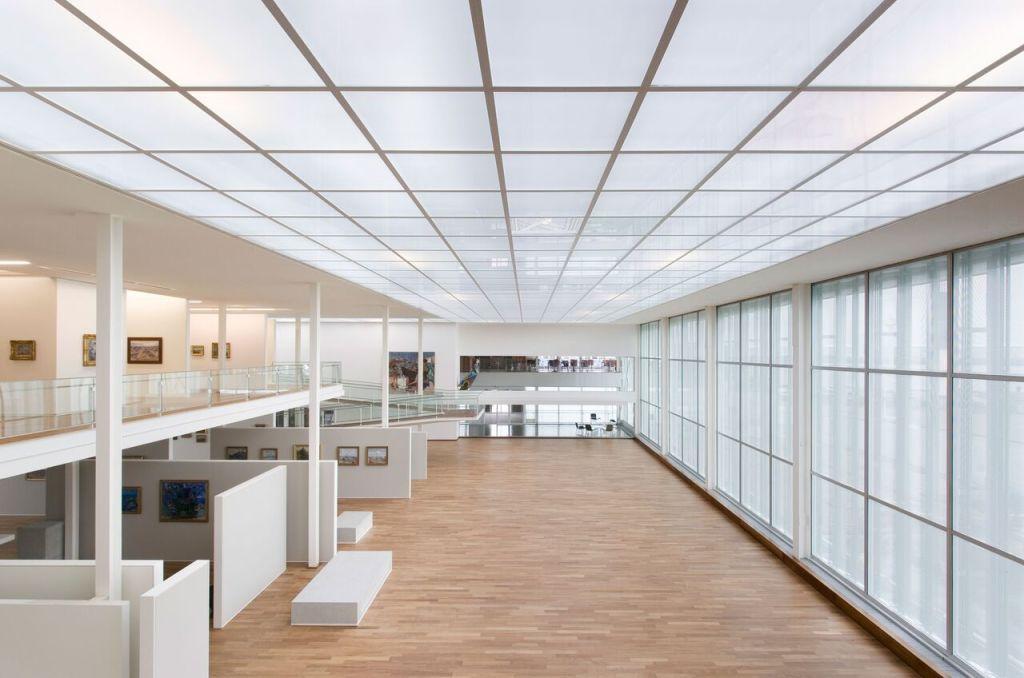 Vue intérieure, grande nef depuis la mezzanine (lieu des expositions temporaires).