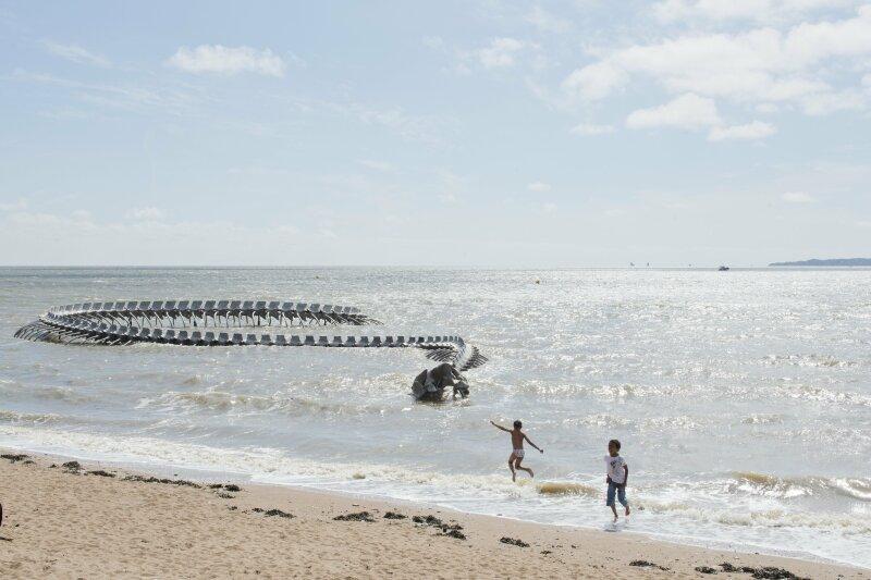 Huang Yong Ping, Serpent d'océan, Saint-Brevin-les-Pins, création pérenne Estuaire 2012 © Martin Argyroglo/LVAN