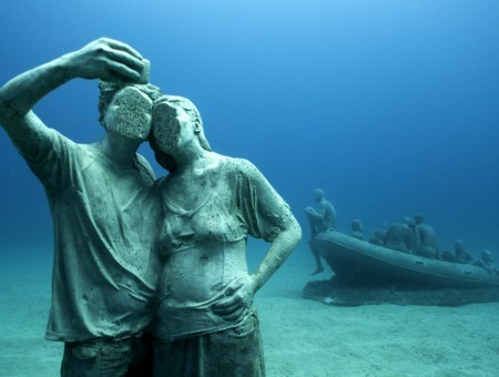 Jason_deCaires_Taylor_sculpture-00154_Jason-deCaires-Taylor_Sculpture.-450x340