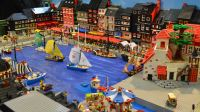 Reproduction du port de Honfleur en Lego