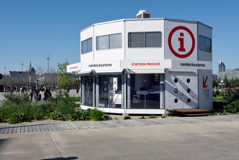 Station Prouvé par Jean Prouvé, Nantes (Parc des Chantiers), oeuvre du parcours Estuaire NantesSaint-Nazaire, 2015 ©Bernard Renoux / LVAN