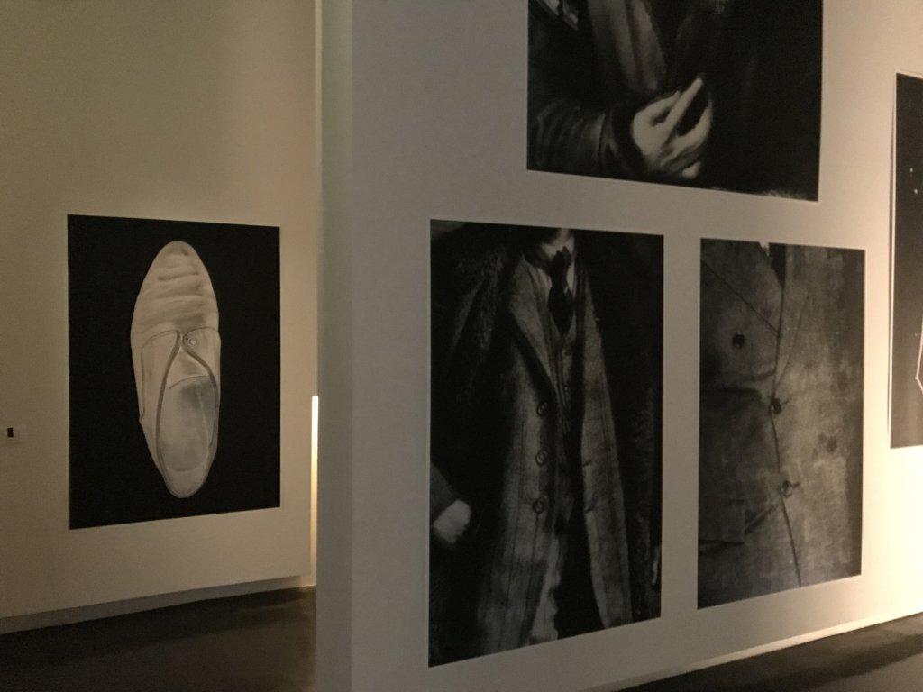 Vue de l'exposition Batia Suter, Radio Grammar - Le BAL