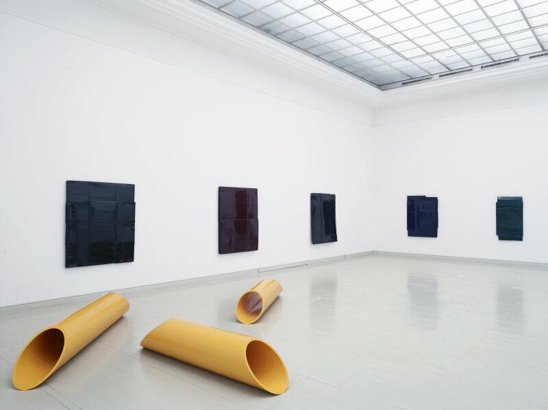 Bernar Venet, Kunsthalle Mücsarnok, Budapest, Hongrie, 2012
