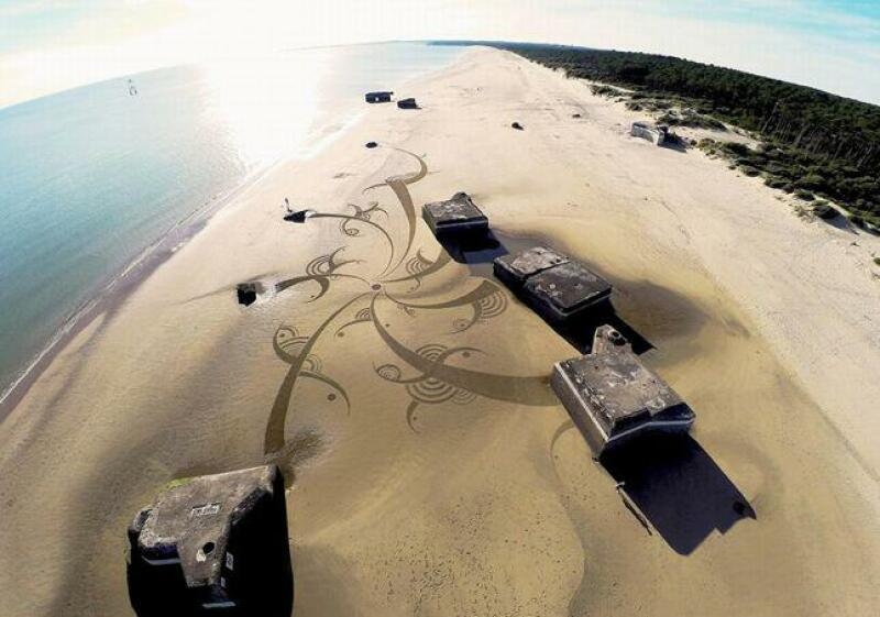 Beach art 10