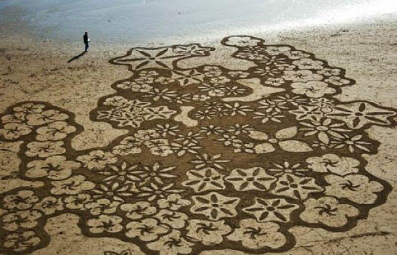 Beach art 8