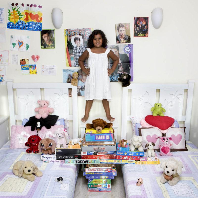 Radhika Vachani, 6 -Mumbai, India (c) Gabriele Galimberti, Toy Stories