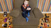 Ralf Mazulis - 4 anni - Riga, Lettonia (c) Gabriele Galimberti, Toy Stories
