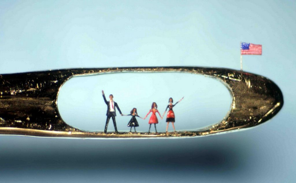 Micro Sculptures, Willard Wigan (c)