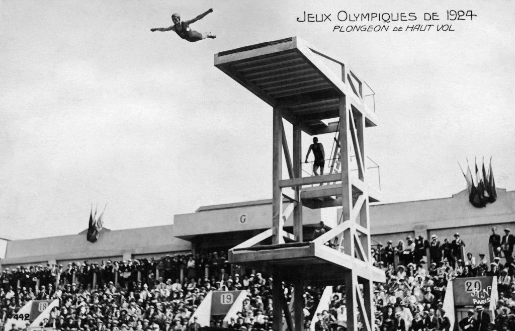 Paris 1924 OG, Diving - An atlete.