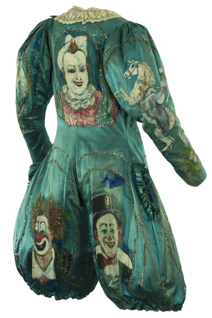 Sac, François Fratellini (1879-1951),Soie, dentelle, sequins bleu,orné des figures peintes des Trois Fratellini