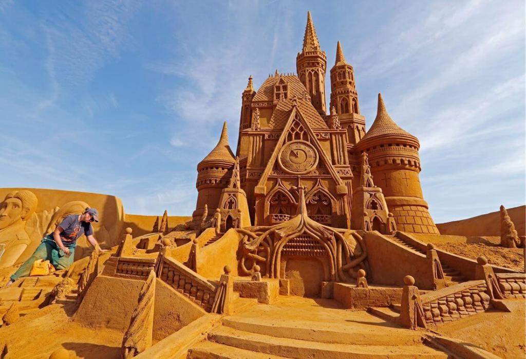 Sculptures en sable