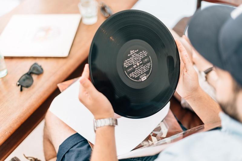 Point éphémère, marché aux vinyles