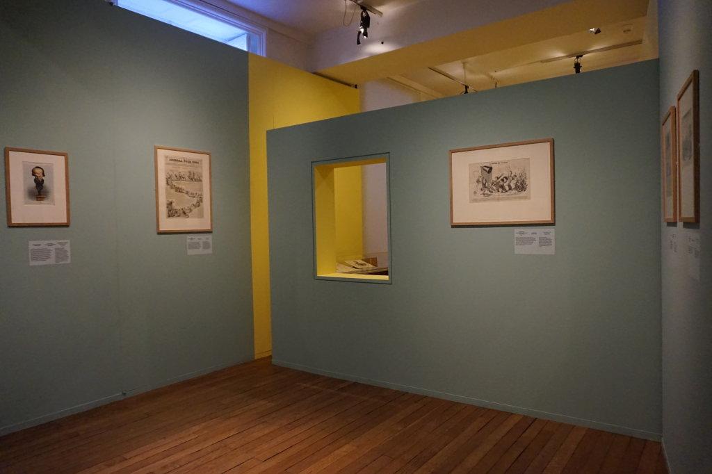 Vue de l'exposition Caricatures - Maison Victor Hugo (26)