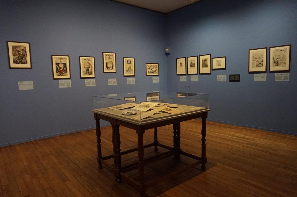 Vue de l'exposition Caricatures - Maison Victor Hugo (85)