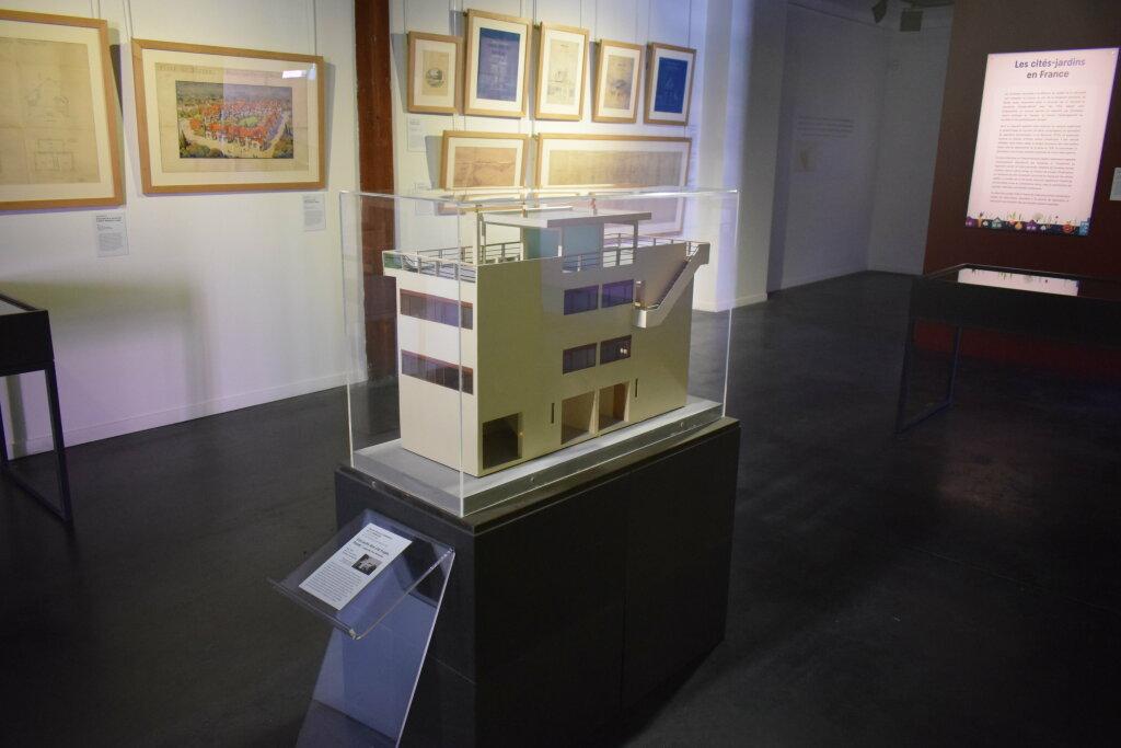 Vue de l'exposition Cités jardins, cités de demain - La Fabrique des Savoirs, Elbeuf (27)