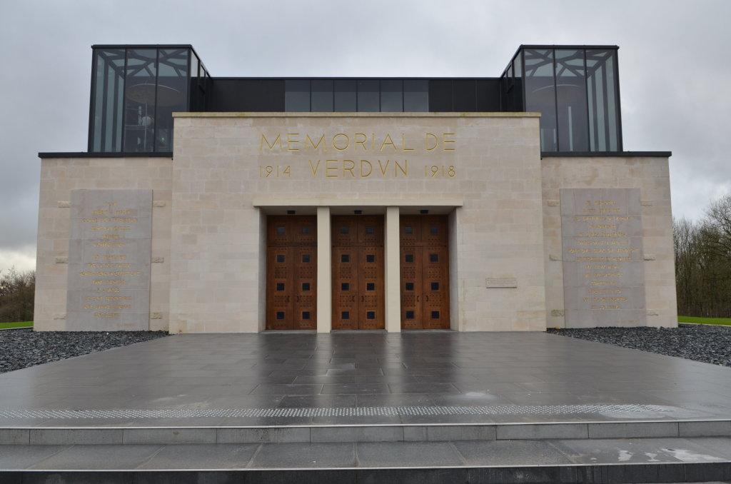 Façade Mémorial de Verdun
