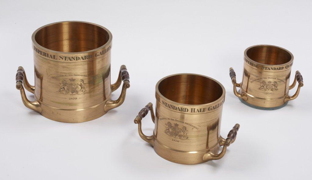 Mesures étalons anglaises pour les liquides, 1870 Fanner, Londres, Angleterre de Grave, Londres Short, Londres Poids et mesures