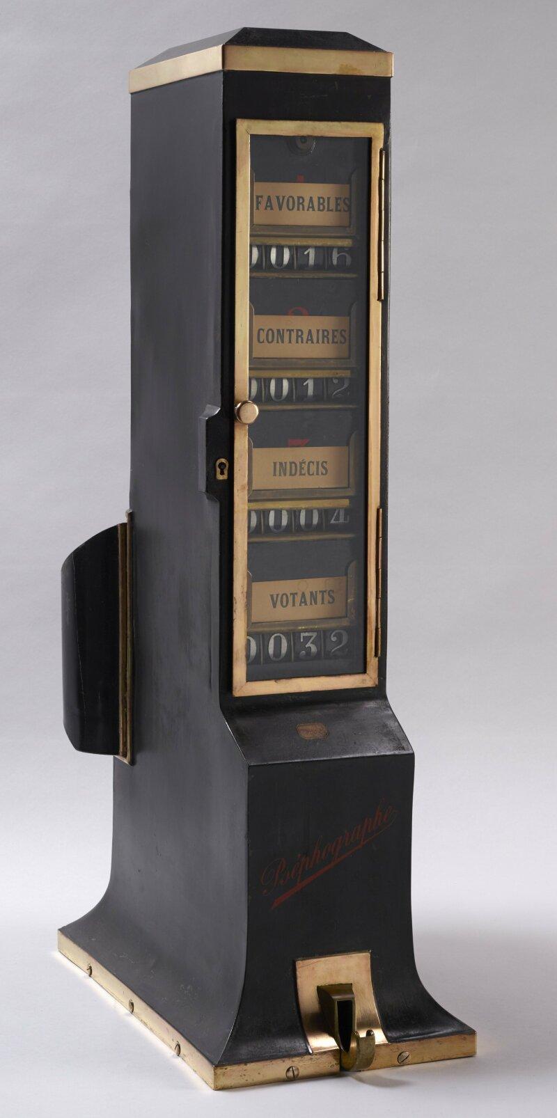 Machine à voter, pséphographe Inventée par Eugenio Boggiano, 1906