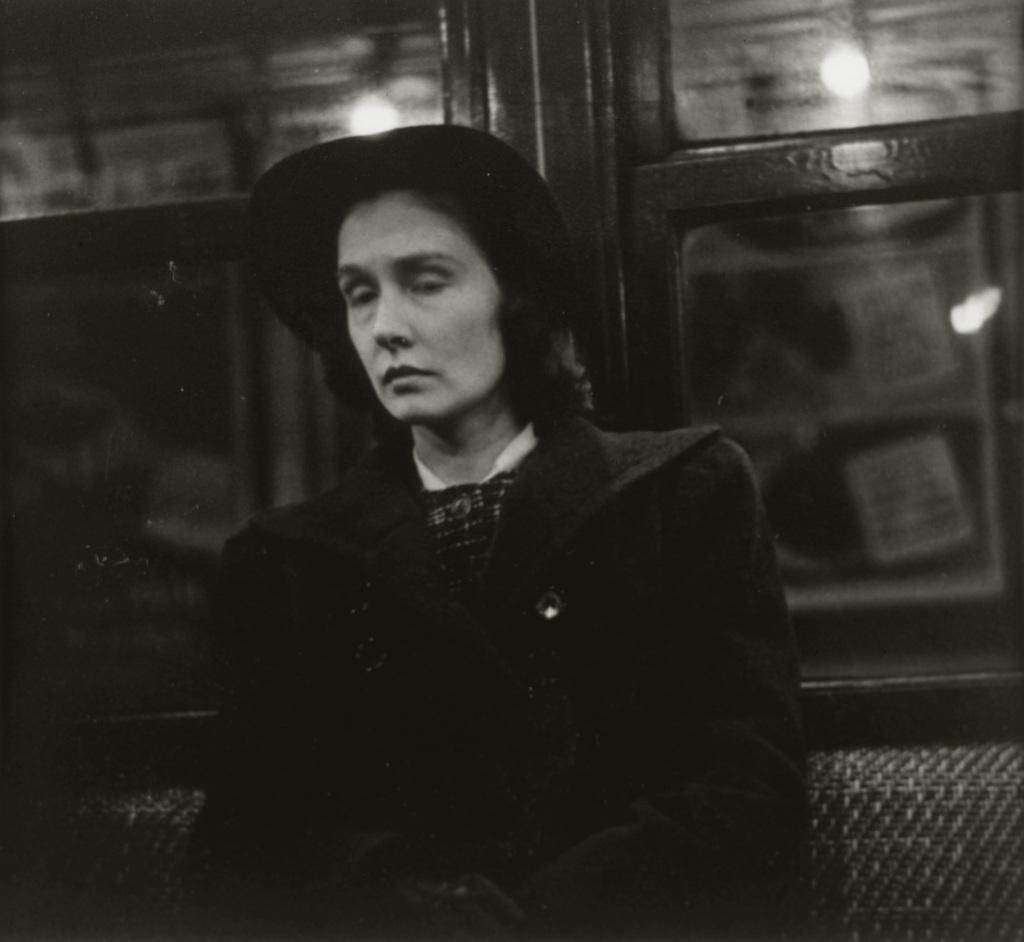 Walker Evans, Subway portrait, 1941 - Vingt-quatre heures de la vie d'une femme au MAMC Saint-Etienne