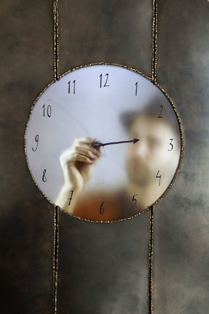 Maarten Baas, Grandfather clock self portrait, 2015, Real Time (detail)