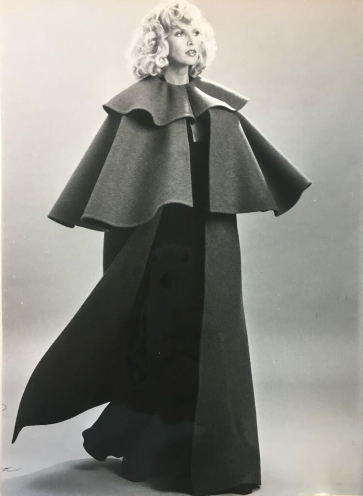 Modèle Pierre Cardin