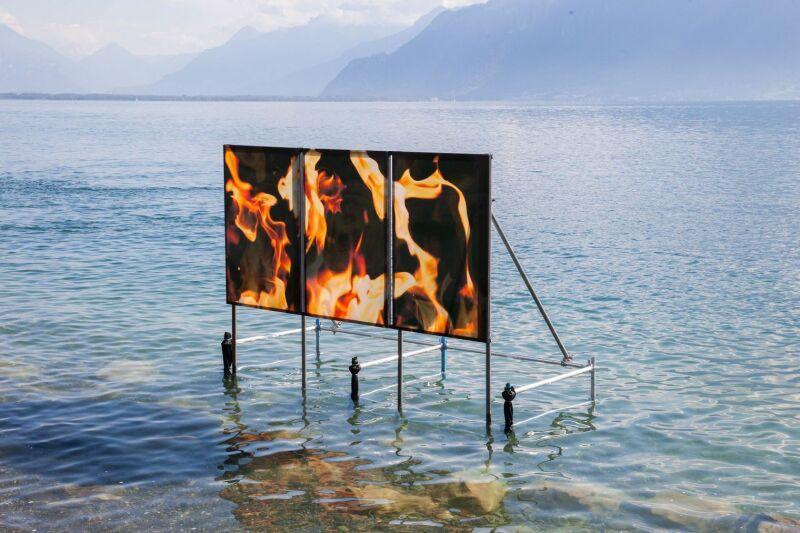 Philippe Durand, Feu (au lac), Courtesy Galerie Laurent Godin, Paris, Images Vevey, Diana Martin