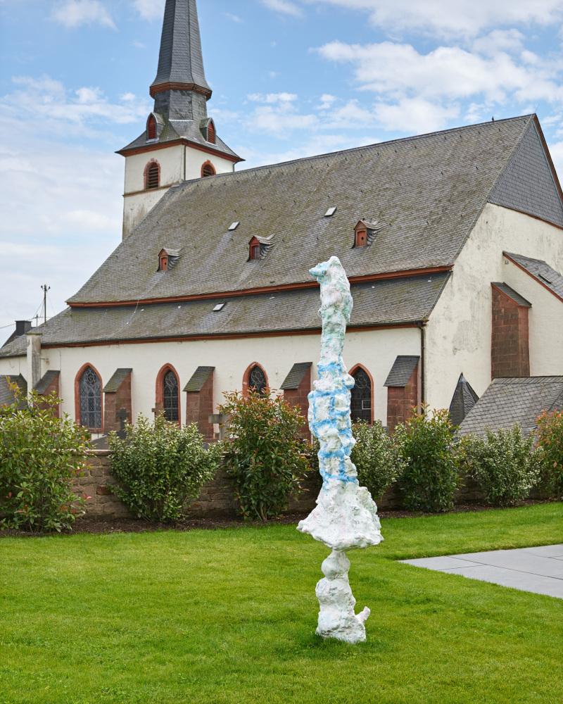 Copyright Rebecca Warren and Courtesy Stiftung zut Förderung Zeitgenössicher Kunst in Weindingen