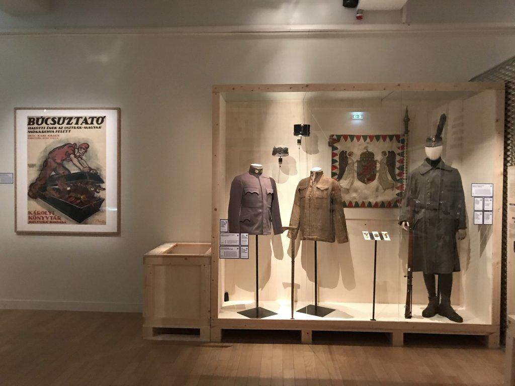 Vue de l'exposition A l'Est, guerre sans fin - Musée de l'Armée (51)