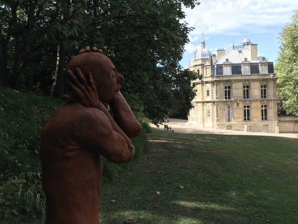 Vue de l'exposition Alexandre Mijatovic au Château de Monte Cristo