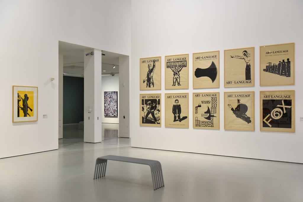 Vue de l'exposition Vingt-quatre heures de la vie d'une femme - MAMC Saint Etienne (29)
