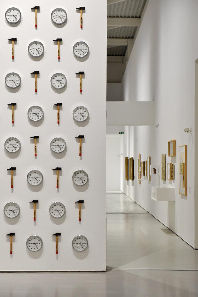 Vue de l'exposition Vingt-quatre heures de la vie d'une femme - MAMC Saint Etienne (31)