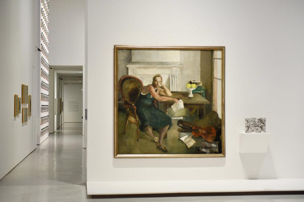 Vue de l'exposition Vingt-quatre heures de la vie d'une femme - MAMC Saint Etienne (36)