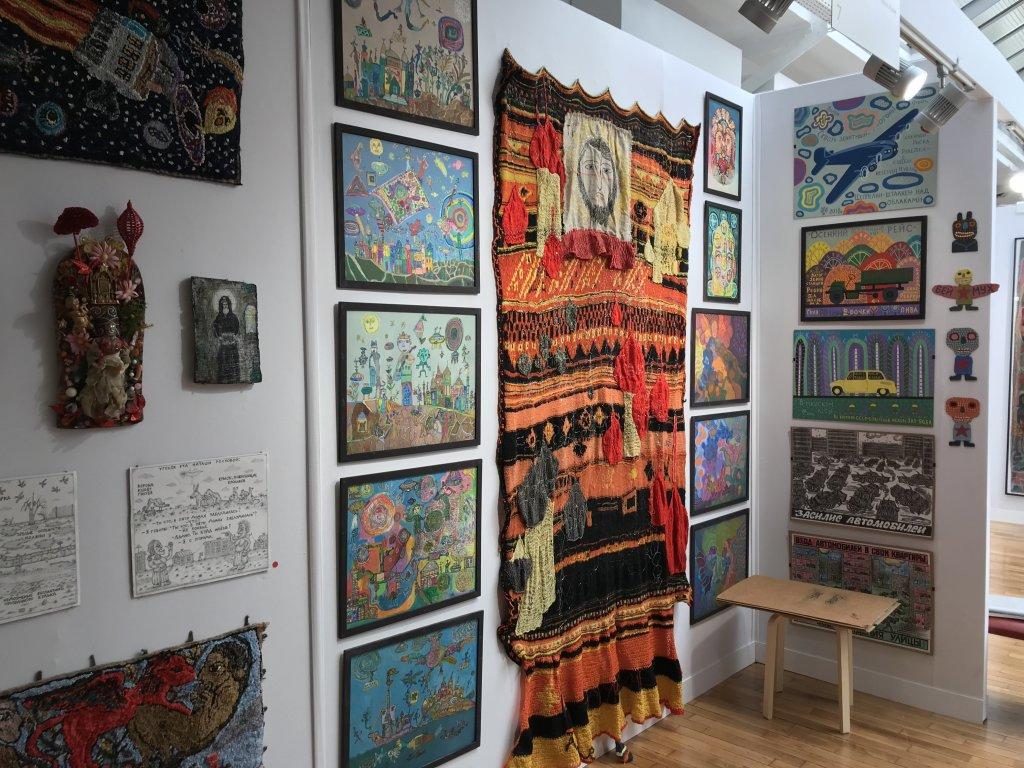 Vue du salon Outsider Art Fair 2018, à l'Atelier Richelieu (13)