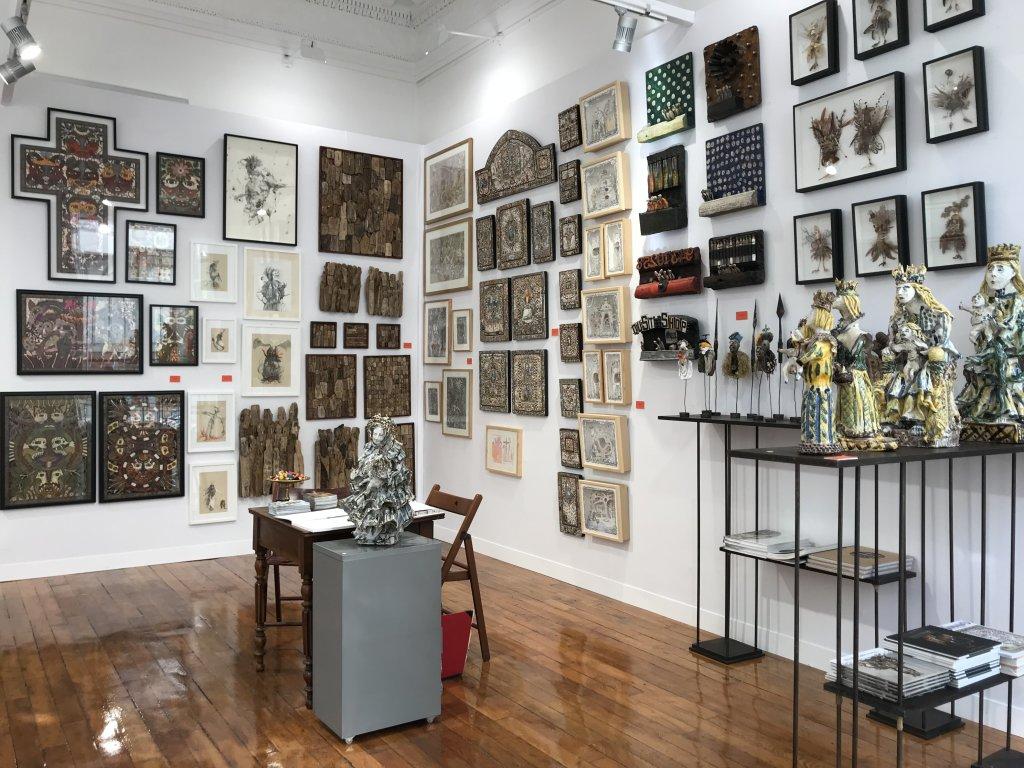 Vue du salon Outsider Art Fair 2018, à l'Atelier Richelieu (38)
