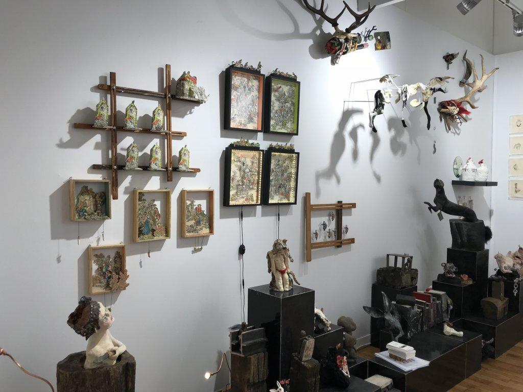 Vue du salon Outsider Art Fair 2018, à l'Atelier Richelieu (73)