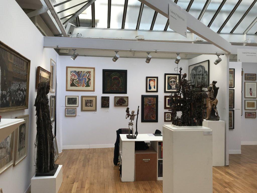 Vue du salon Outsider Art Fair 2018, à l'Atelier Richelieu (99)