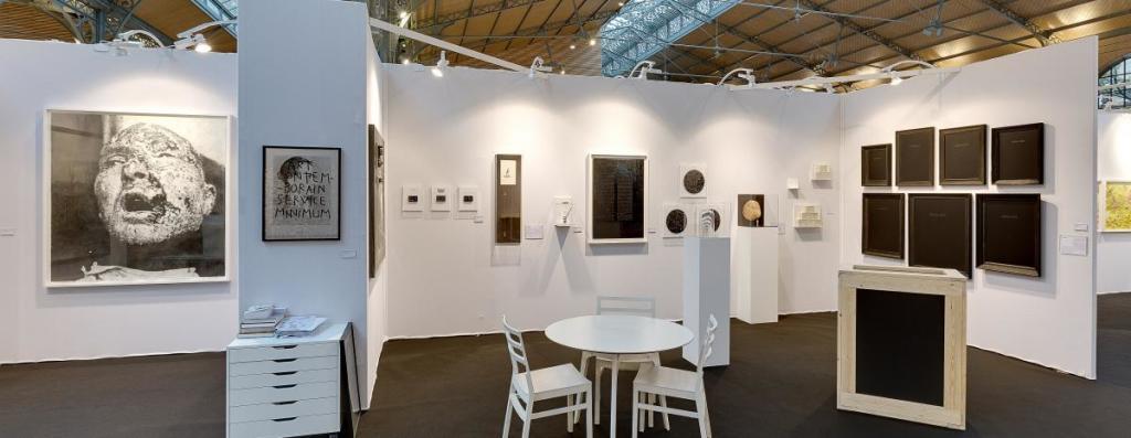 Vue du YIA ART FAIR 2017 (Le Carreau du Temple). Vues d'exposition Éditions passées (2)