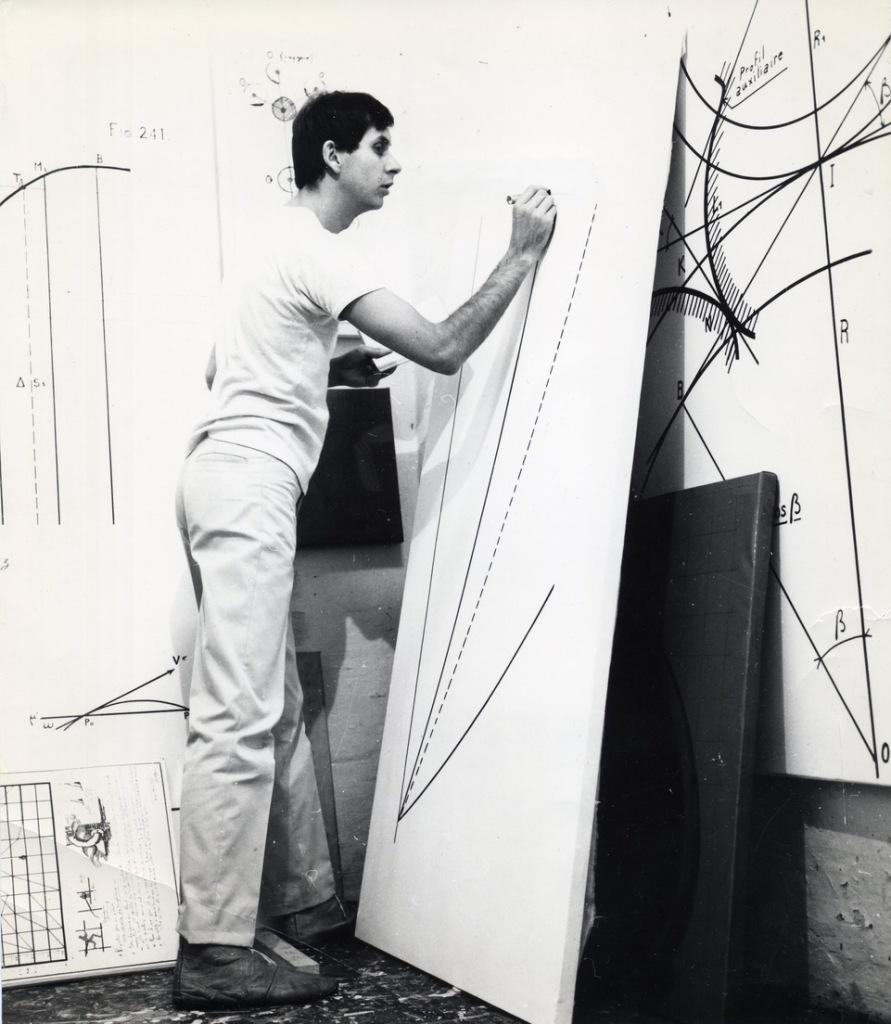 Bernar Venet dans son atelier à Nice en 1966