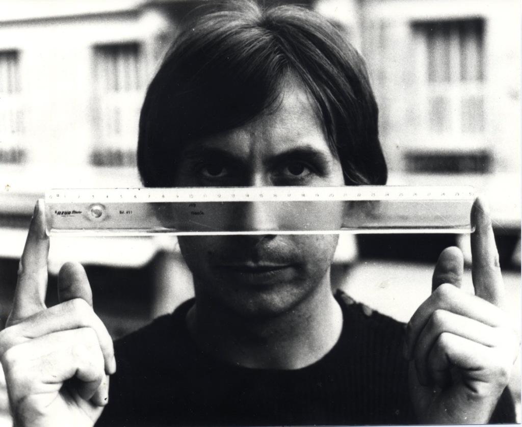Bernar Venet, La mesure de toute chose, juillet 1967
