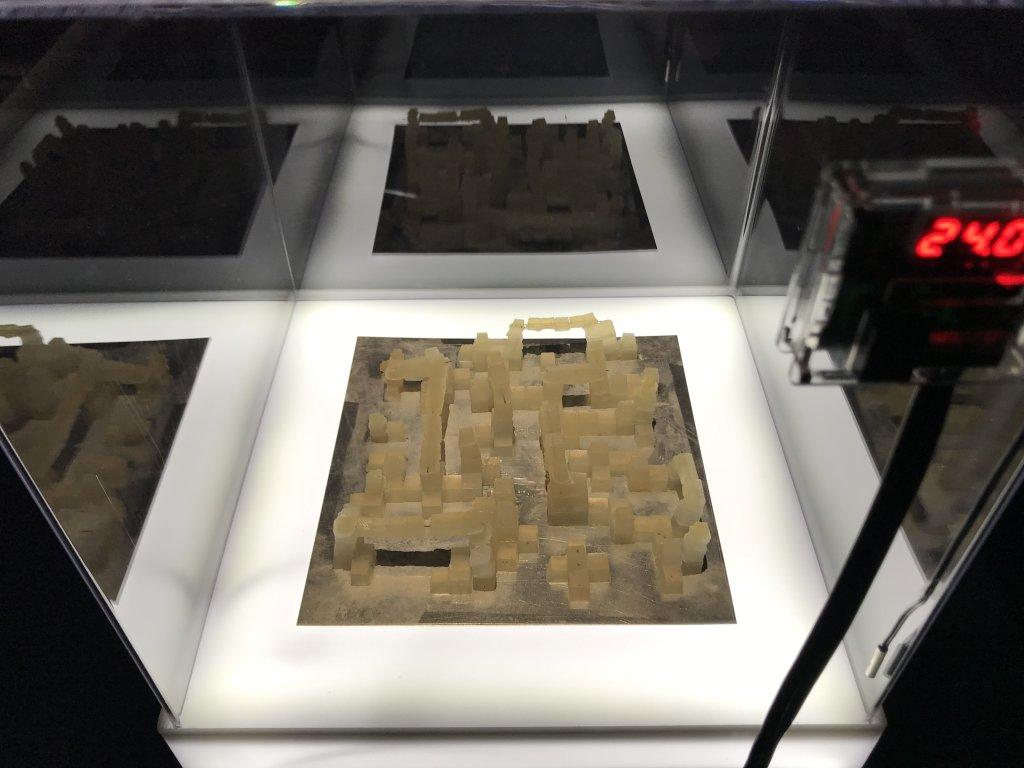 Vue de l'exposition Cycle Mutations Créations 3, La Fabrique du vivant, Erika Verzutti, Centre Pompidou, Paris (42)