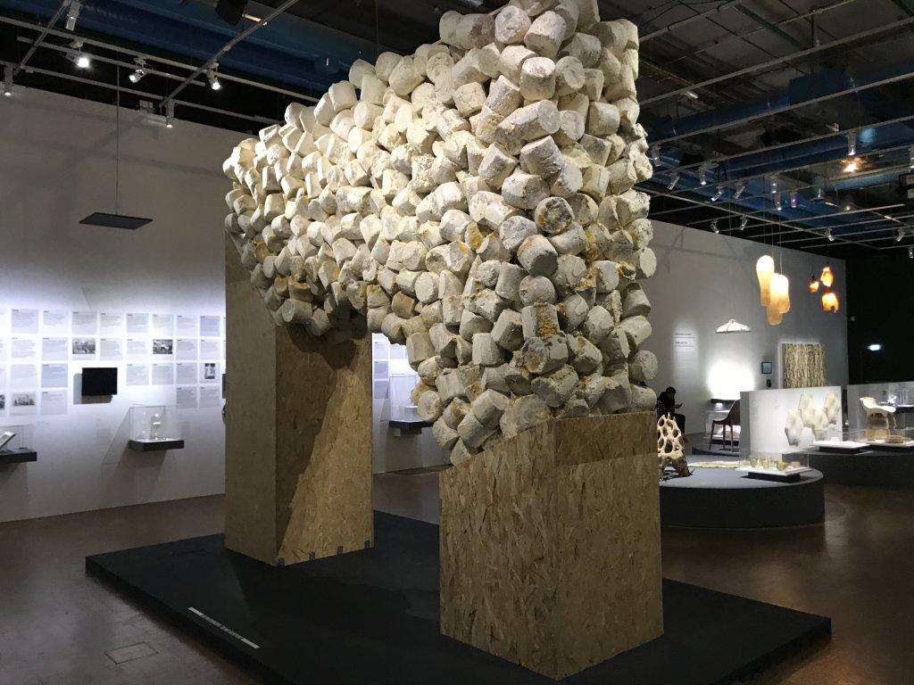 Vue de l'exposition Cycle Mutations Créations 3, La Fabrique du vivant, Erika Verzutti, Centre Pompidou, Paris (6)
