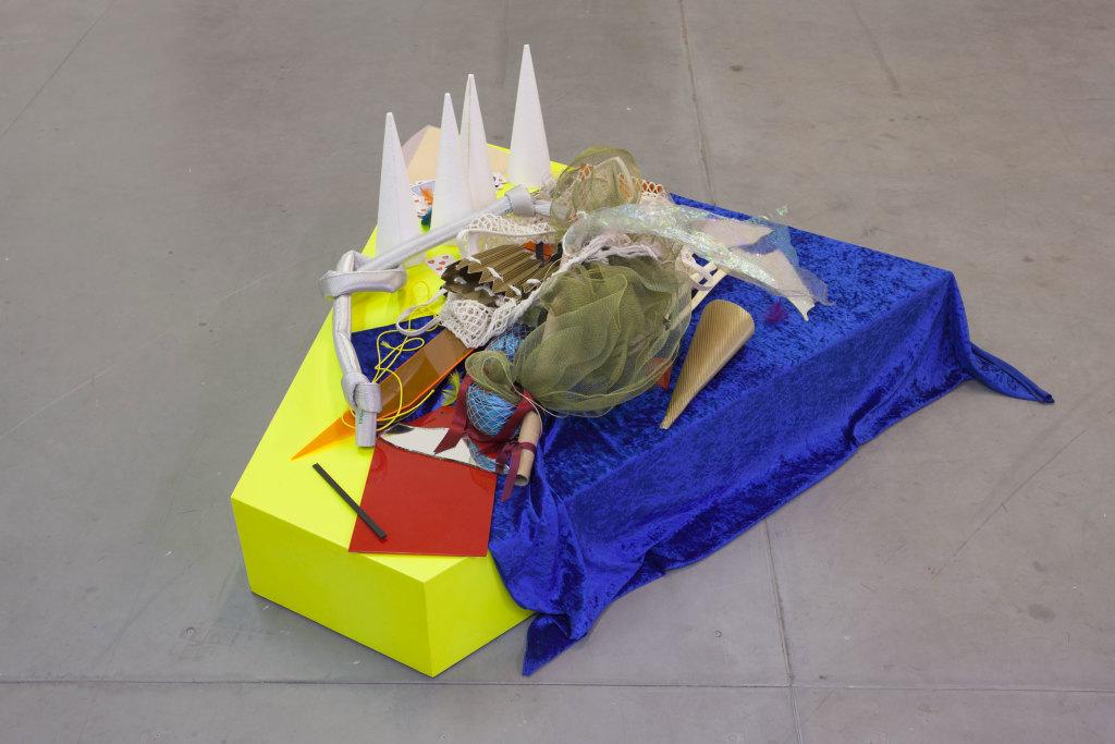 Delphine Coindet, Torche et Polyamide Spirit, 2007-2008