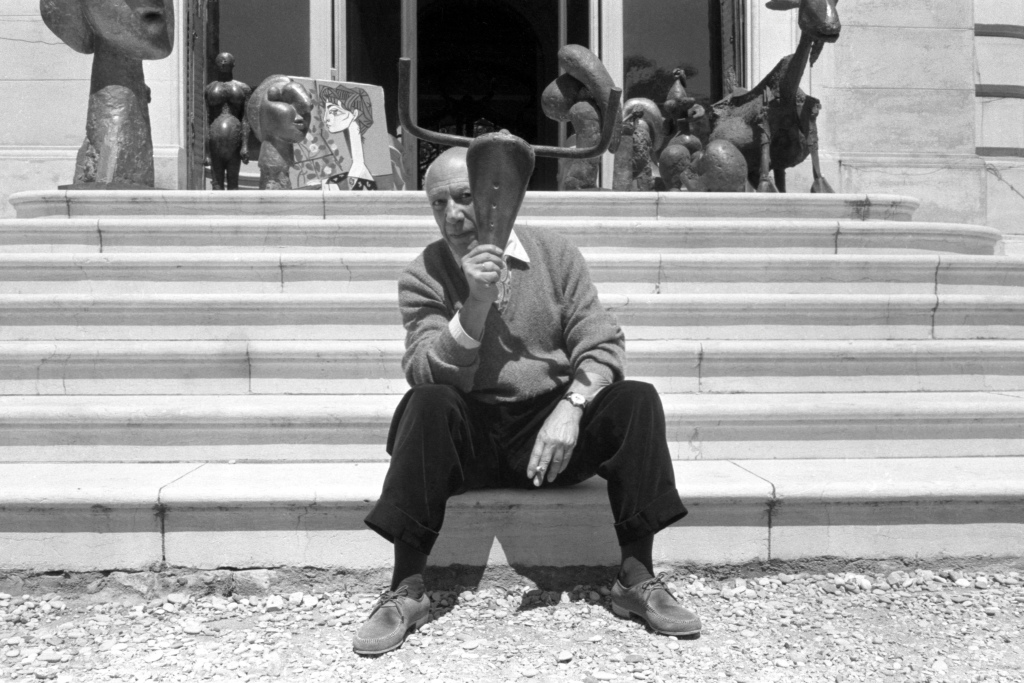 Pablo Picasso - Escaliers sculptures
